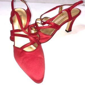 """Clearance"" Apostrophe Red heels"